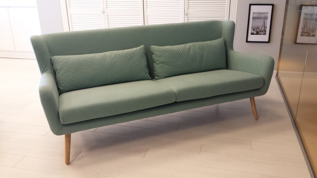 isskirtinio-dizaino-sofa