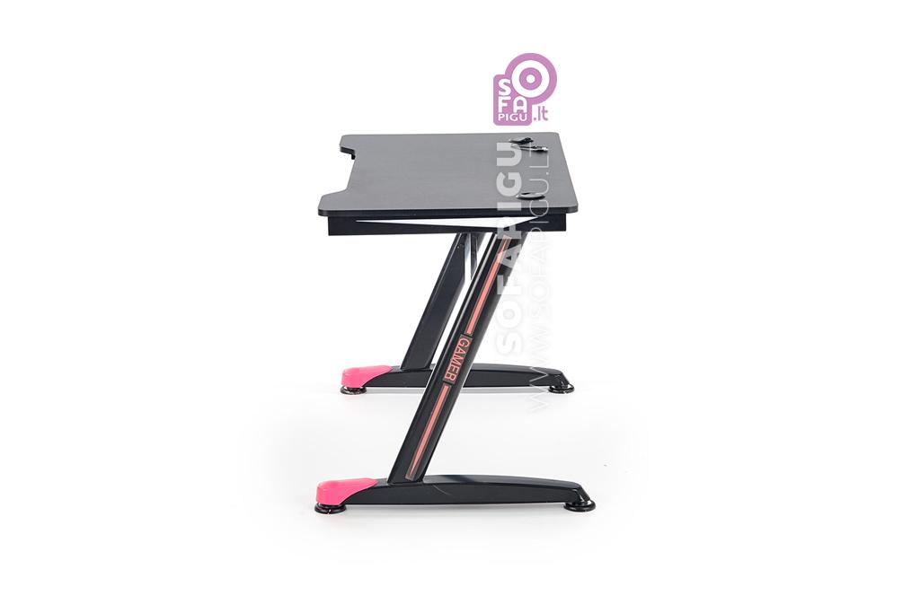 kompiuterinis-stalas-su-led-apsvietimu-3
